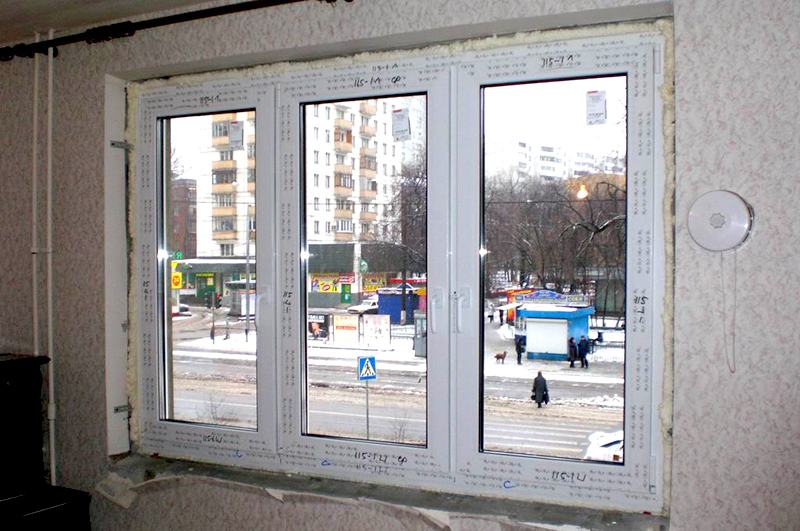 От чего зависит стоимость пластиковых окон на стоимость окна влияет бренд, известность профильный системы, ширина и количество воздушных камер.